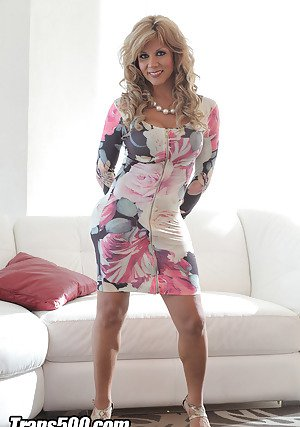 Mature tranny grupe flicked