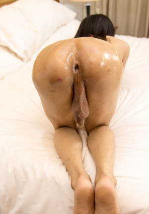 Oiled Up Shemale Pics